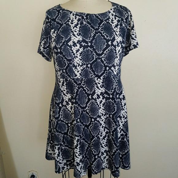 capsule Dresses   Plus Size Snake Skin Print Dress   Poshmark